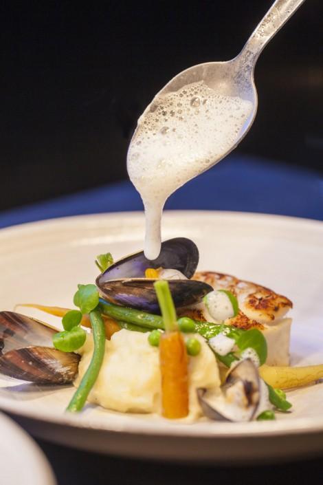 Fangfrisch auf den Tisch: Fisch und Meeresfrüchte direkt von der Nordsee sind typisch für Brügge.